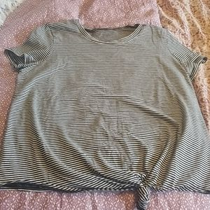 Knotted Tee
